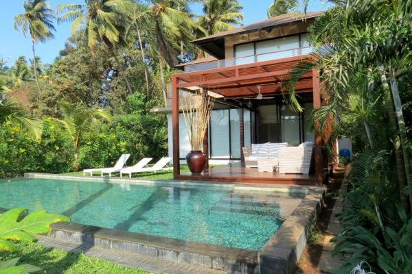 Luxury villas in goa for sale goa villas with views for Small house for sale in goa