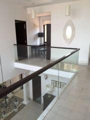 First floor passage