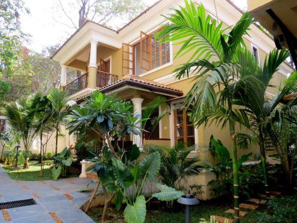 Villa with field view in goa villa sale in goa for Small house for sale in goa