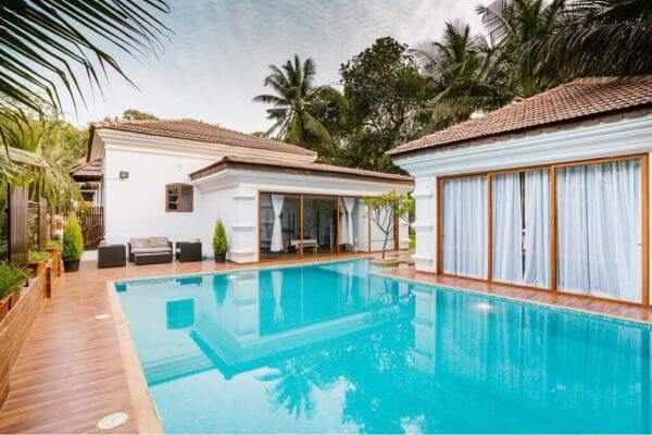 Portuguese house for sale goa old goan house for sale - Guest house in goa with swimming pool ...